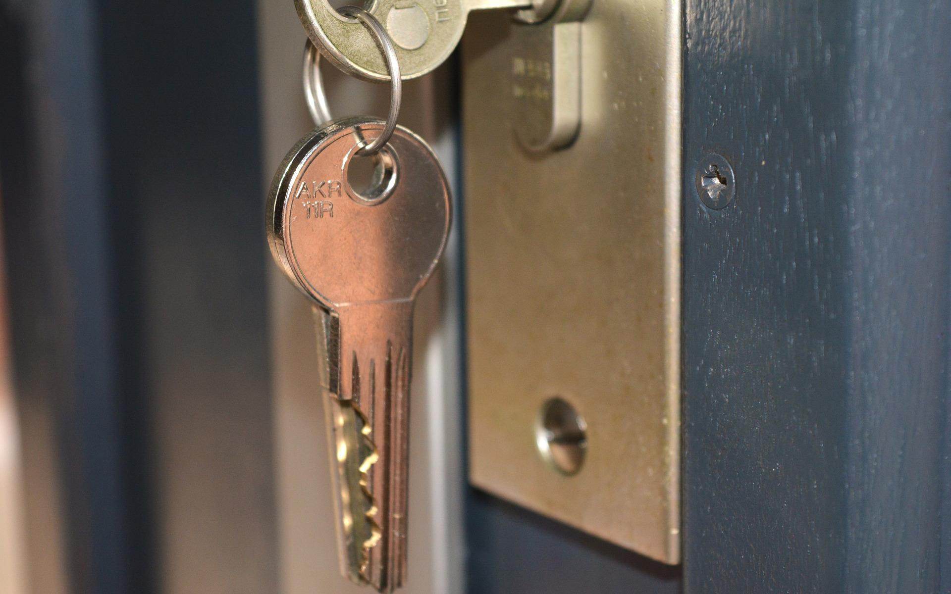 key-779392_1920-11